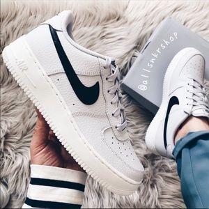 f6032f7734817 Women s Nike Roshe Shoes